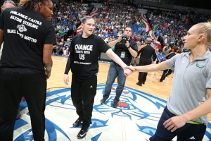 MINNEAPOLIS, MN - JULY 9: Lindsay Whalen #13 of the Minnesota Lynx greets Erin Phillips #31 of the Dallas Wings before the game during a WNBA game on July 9, 2016 at Target Center in Minneapolis, Minnesota. NOTE TO USER: User expressly acknowledges and agrees that, by downloading and or using this Photograph, user is consenting to the terms and conditions of the Getty Images License Agreement. Mandatory Copyright Notice: Copyright 2016 NBAE (Photo by David Sherman/NBAE via Getty Images)