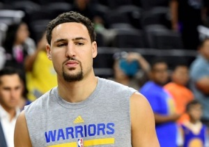 LAS VEGAS, NV - OCTOBER 15: Klay Thompson #11 of the Golden State Warriors walks on the court during warmups before a preseason game againt the Los Angeles Lakers at T-Mobile Arena on October 15, 2016 in Las Vegas, Nevada. NOTE TO USER: User expressly acknowledges and agrees that, by downloading and or using this photograph, User is consenting to the terms and conditions of the Getty Images License Agreement. (Photo by Ethan Miller/Getty Images)