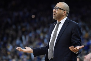 OAKLAND, CA - MARCH 26: Head coach David Fizdale of the Memphis Grizzlies reacts to the referee's call on the floor against the Golden State Warriors during an NBA basketball game at ORACLE Arena on March 26, 2017 in Oakland, California. NOTE TO USER: User expressly acknowledges and agrees that, by downloading and or using this photograph, User is consenting to the terms and conditions of the Getty Images License Agreement.