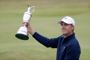 SOUTHPORT, ENGLAND - JULY 23:  Jordan Spieth of the United States celebrates victory as he poses with the Claret Jug on the 18th green during the final round of the 146th Open Championship at Royal Birkdale on July 23, 2017 in Southport, England.