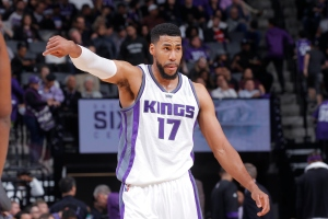 SACRAMENTO, CA - APRIL 11: Garrett Temple #17 of the Sacramento Kings looks on during the game against the Phoenix Suns on April 11, 2017 at Golden 1 Center in Sacramento, California. NOTE TO USER: User expressly acknowledges and agrees that, by downloading and or using this photograph, User is consenting to the terms and conditions of the Getty Images Agreement. Mandatory Copyright Notice: Copyright 2017 NBAE