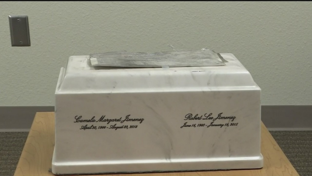 Carmax Discovers Cremains Of Modesto Couple In Repossessed Car In