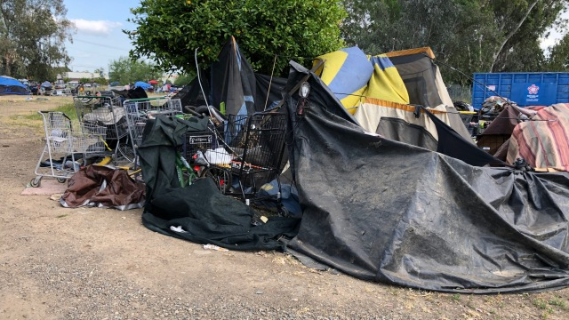 Homeless Camp Ordered To Relocate In South Sacramento – CBS